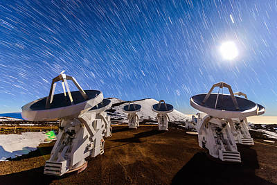 Photograph - Submillimeter Star Trails by Jason Chu