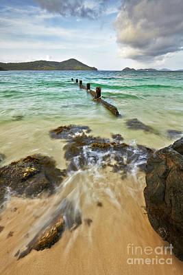 Eyzen Medina Photograph - Sugar Bay Resort Beach by Eyzen M Kim