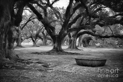 Photograph - Sugar Cane Vat - Oak Alley Charcoal by Kathleen K Parker