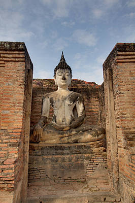 Sukhothai Historical Park - Sukhothai Thailand - 011317 Art Print by DC Photographer