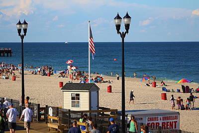 Summer At The Jersey Shore Art Print by Richard Cheski