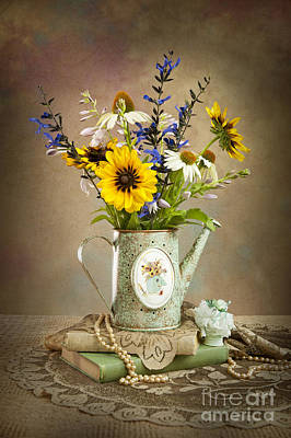 Photograph - Summer Bouquet by Cheryl Davis