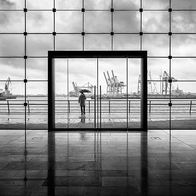 Figures Wall Art - Photograph - Summer In Hamburg by Alexander Sch?nberg