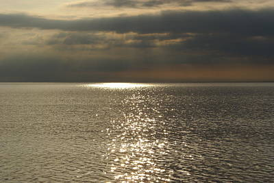 Sun Rays And Reflections In The Sea Original by Gynt
