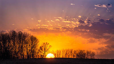 Photograph - Sundown Hotspot by Bill Pevlor