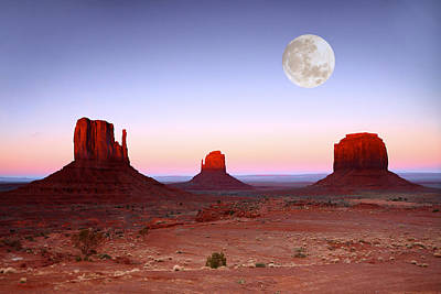 Sundown On The Buttes In Monument Valley Arizona Art Print by Katrina Brown