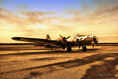 Sundown On The Parked B17 Bomber Art Print by Thomas Woolworth