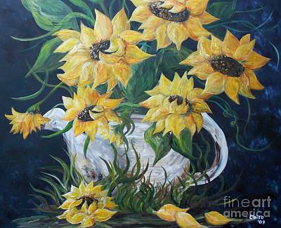 Florida House Mixed Media - Sunflowers In An Antique Country Pot by Eloise Schneider