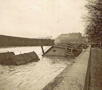 Sunken Boat On The Seine River During The Flood Of Paris Art Print