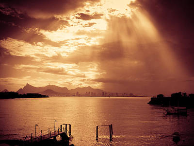 Photograph - Sunlight Through Clouds by Celso Diniz