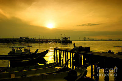 Photograph - Sunrise At Chew Jetty by Yew Kwang