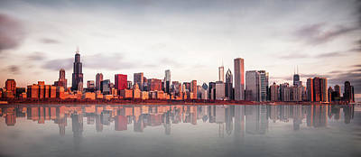 City Wall Art - Photograph - Sunrise At Chicago by Marcin Kopczynski