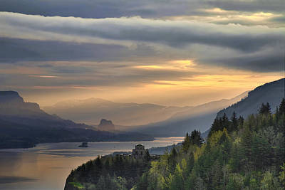 Sunrise At Columbia River Gorge Art Print by David Gn
