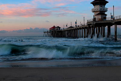 Sunrise At The Pier Art Print
