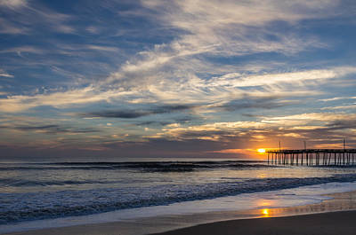 Sunrise At The Pier Art Print by Gregg Southard