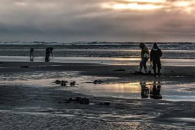 Sunrise Clam Tide Art Print by Nichon Thorstrom
