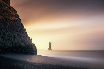 Sunrise In Reynisfjara Art Print