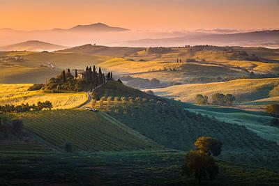 Sunrise In Tuscany Art Print