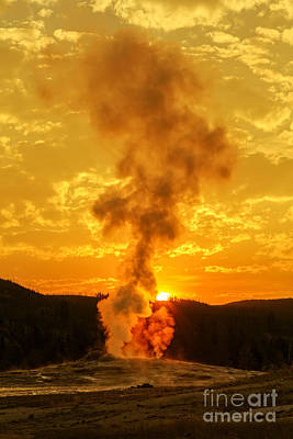 Sunrise In Yellowstone National Park Art Print