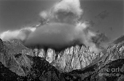 Photograph - Sunrise On Mount Whitney Eastern Sierras California by Dave Welling