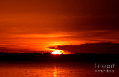 Photograph - Sunrise On The Bank by Gary Smith
