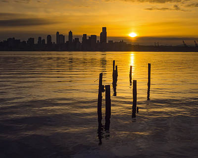 Sunrise Over Elliott Bay Art Print