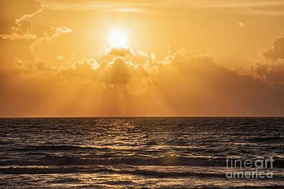 Sunrise Over The Caribbean Sea Art Print