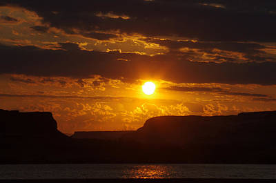 Sunrise Over The Gorge Print by Ruth Taylor