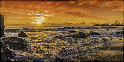 Photograph - Mooloolaba Sunrise by Peter Lombard