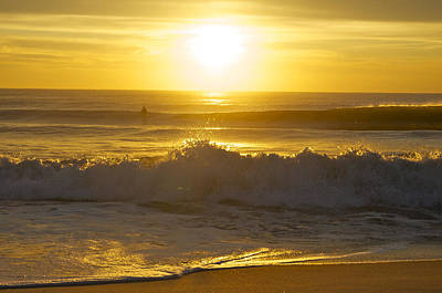 Photograph - Sunrise Surf by Greg Vizzi
