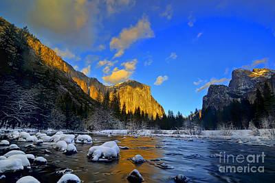 Sunrise Yosemite Valley Print by Peter Dang