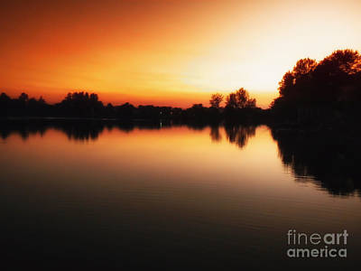 Sunset A Lake In Mansfield Il Art Print by Thomas Woolworth