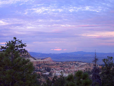 Photograph - Sunset At Bryce Canyon by Laurel Powell