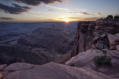 Photograph - Sunset At Deadhorse Point by Melany Sarafis