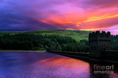 Fairholmes Visitors Centre Photograph - Sunset At Derwent by Neil Ravenscroft