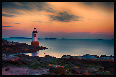 Photograph - Sunset At Fort Pickering Lighthouse by Jeff Folger