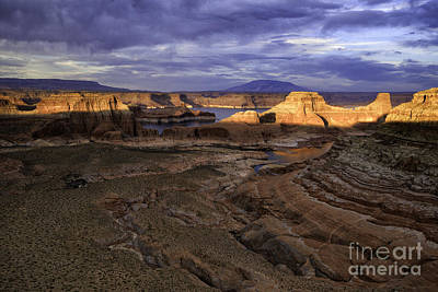 Photograph - Sunset At Lake Powell by Stuart Gordon