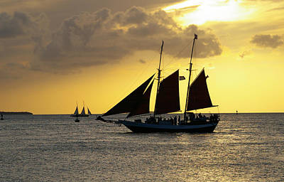 Sunset At Mallory Square II Art Print