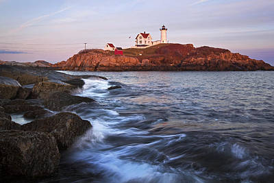 Sunset At Nubble Light Art Print by Eric Gendron