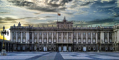 Sunset At Royal Palace Art Print