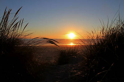 Photograph - Sunset At The Beach by Athena Mckinzie