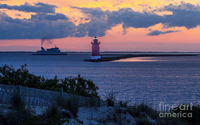 Sunset At The Point Art Print by Robert Pilkington