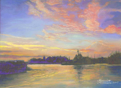 Sunset At Victoria Harbor Art Print by Harriett Masterson