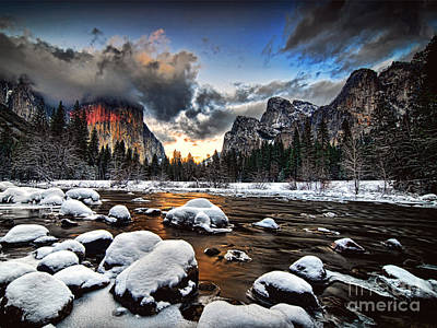 Photograph - Sunset At Yosemite Valley by Peter Dang