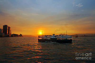 Hong Kong Wall Art - Photograph - Sunset In Hong Kong With Star Ferry by Lars Ruecker