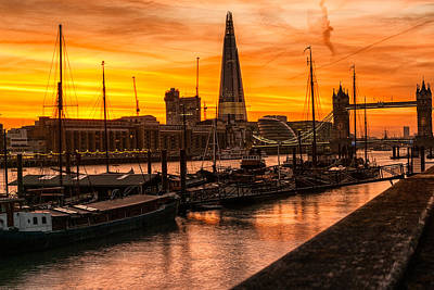 Photograph - Sunset In London by Lenny Carter