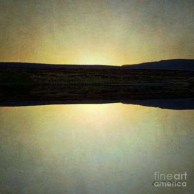 Photograph - Sunset Iv by Dave Gordon