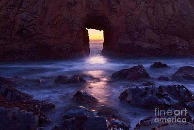 Sunset On Arch Rock In Pfeiffer Beach Big Sur In California. Art Print by Jamie Pham