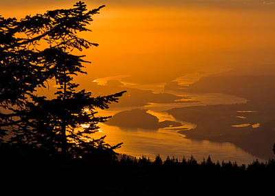 Photograph - Sunset On The Columbia by Teresa Hunt