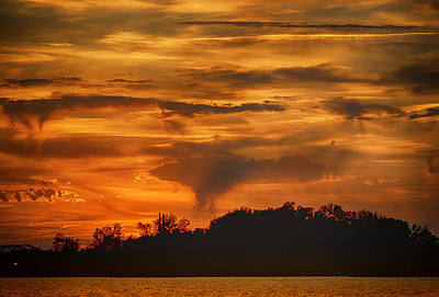 Photograph - Sunset Over Creve Coeur Lake St Louis Count Img 5097 by Greg Kluempers
